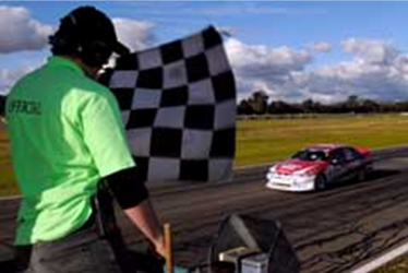 Back to Back Beechey and Croswell Win in Dramatic Finish at Winton
